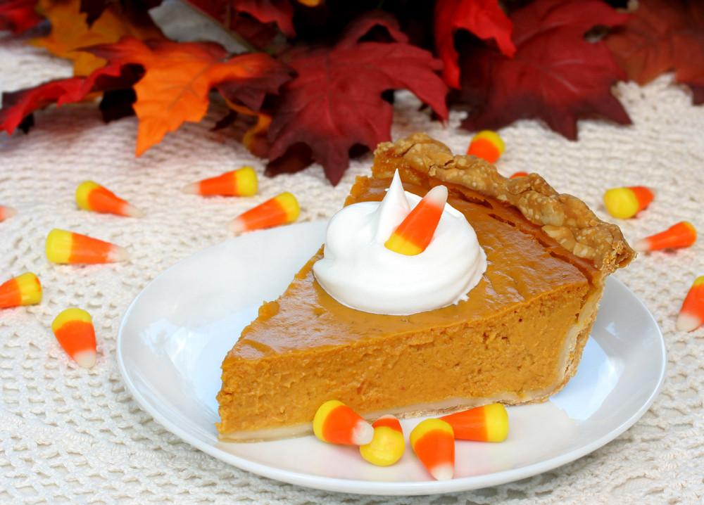 Halloween Pumpkin Pie  Deliciously Scary Treats & Tricks for Halloween Kogan