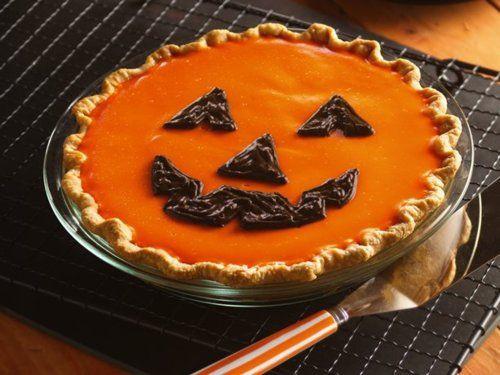 Halloween Pumpkin Pie  Halloween pie Halloween