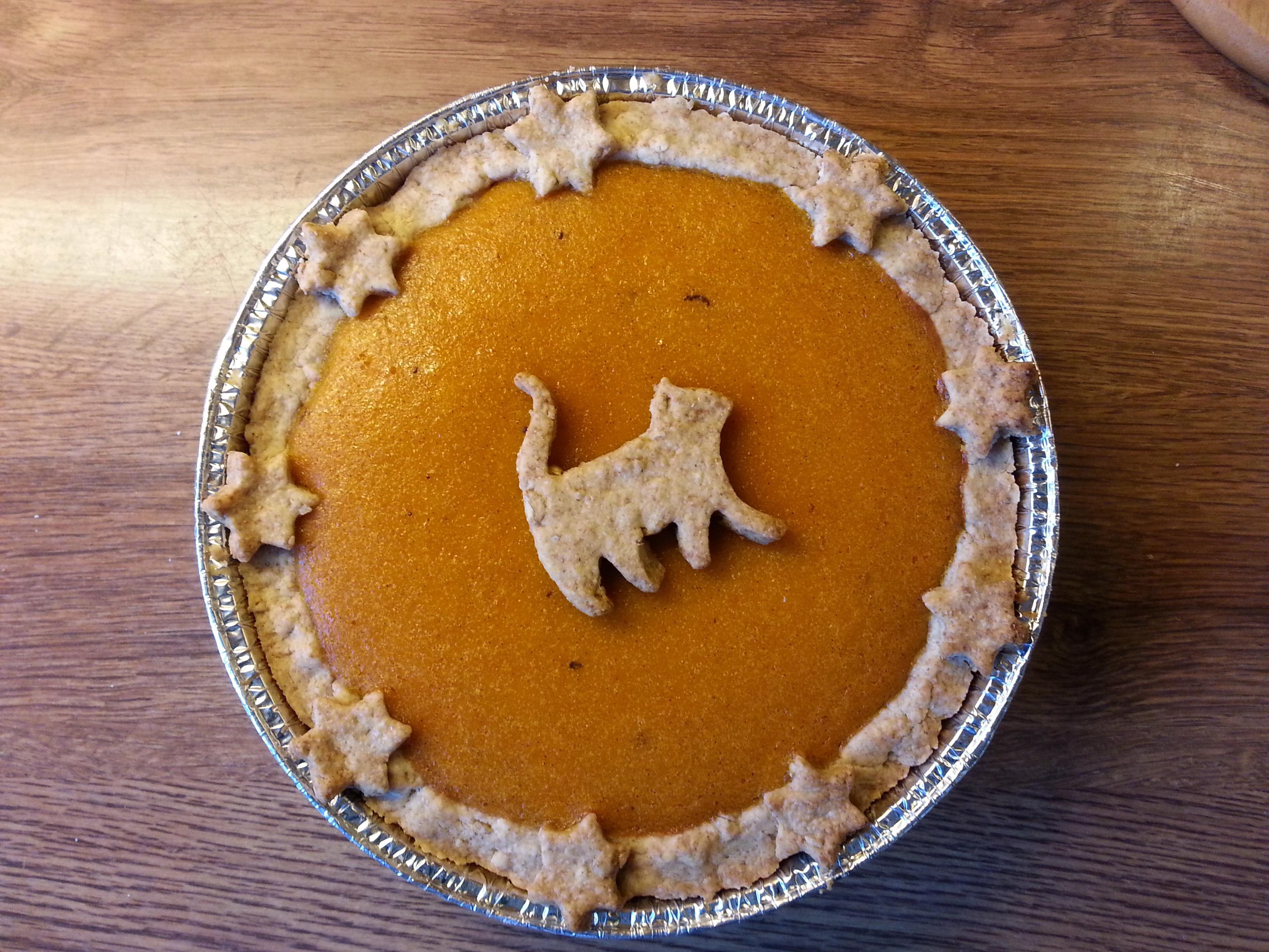 Halloween Pumpkin Pie  [Homemade] Halloween Pumpkin Pie food