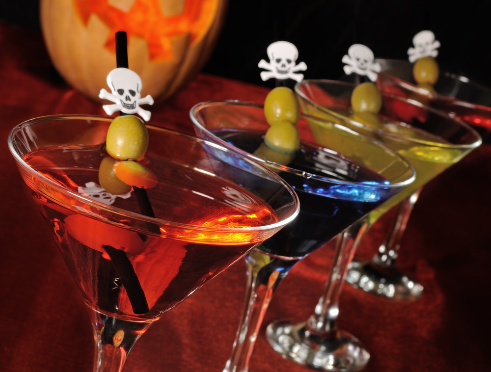 Halloween Themed Drinks  Plan Your Adults ly Halloween Party Lionesse Beauty Bar