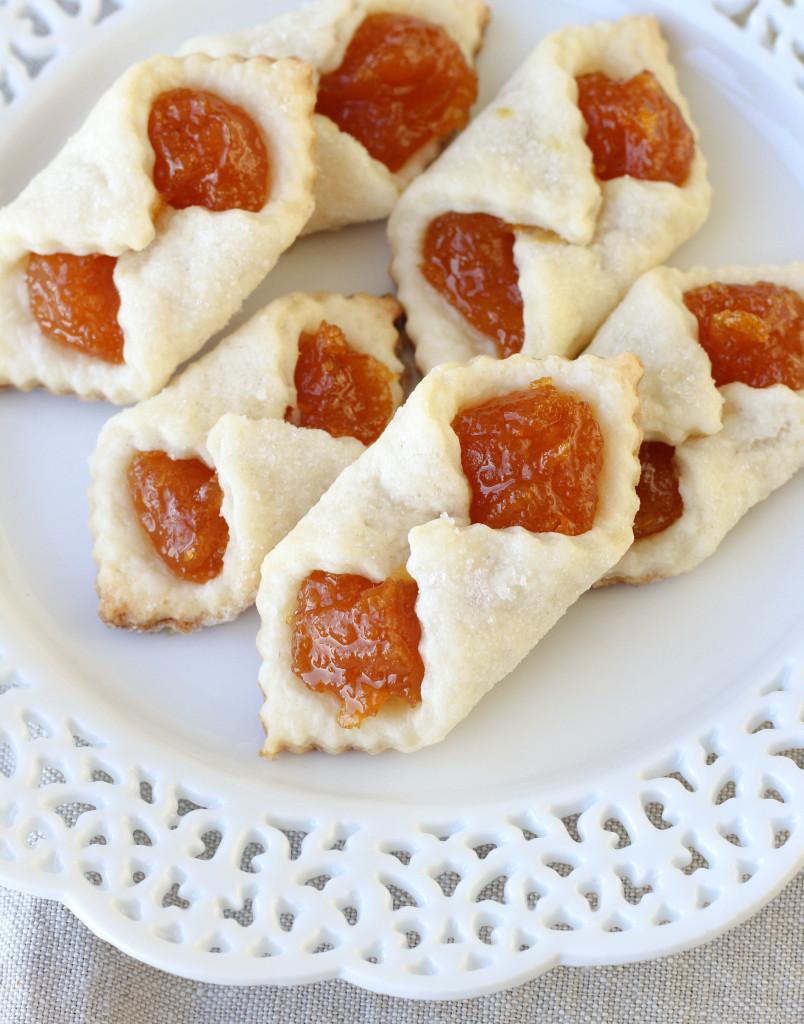 Hungarian Christmas Cookies  Apricot Kolaches An Hungarian Christmas Cookie