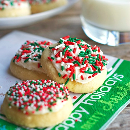 Icing For Christmas Cookies  Fluffy Sugar Cookies & Vanilla Frosting Pinch of Yum
