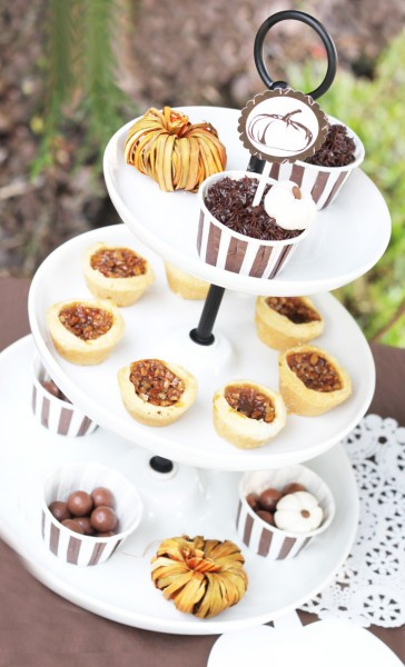 Individual Thanksgiving Desserts  TRENDS Mini Desserts for Thanksgiving