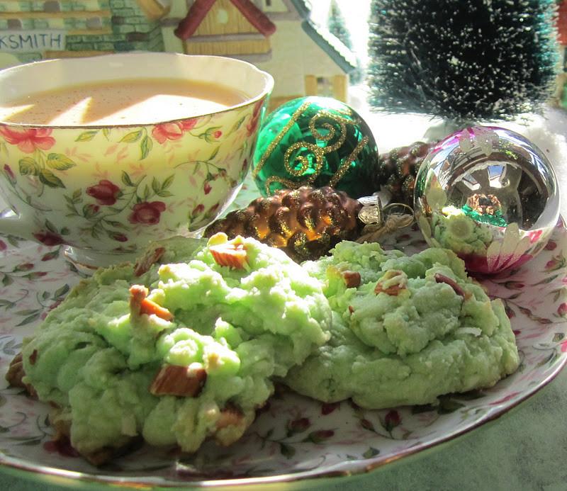 Irish Christmas Cookies  The Irish Mother Pistachio Cookies