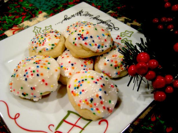 Italian Anise Christmas Cookies  Italian Anise Cookies With Icing And Sprinkles Recipe