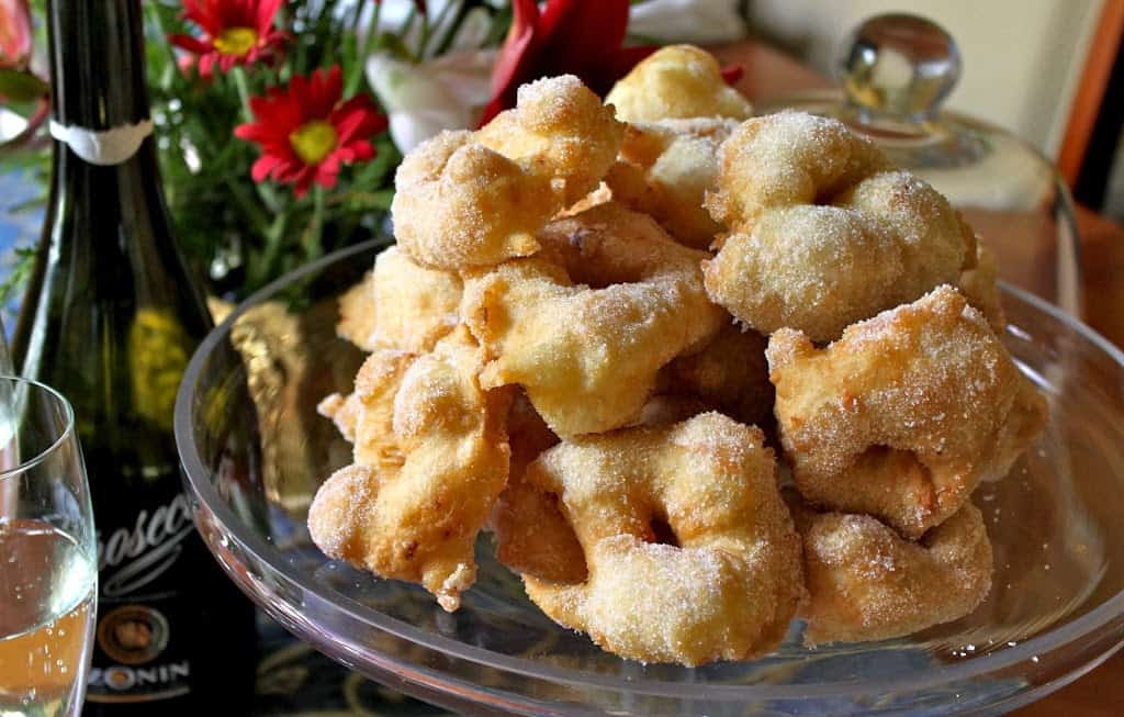 Italian Christmas Eve Recipes  Frittelle Traditional Italian Christmas Eve Doughnuts