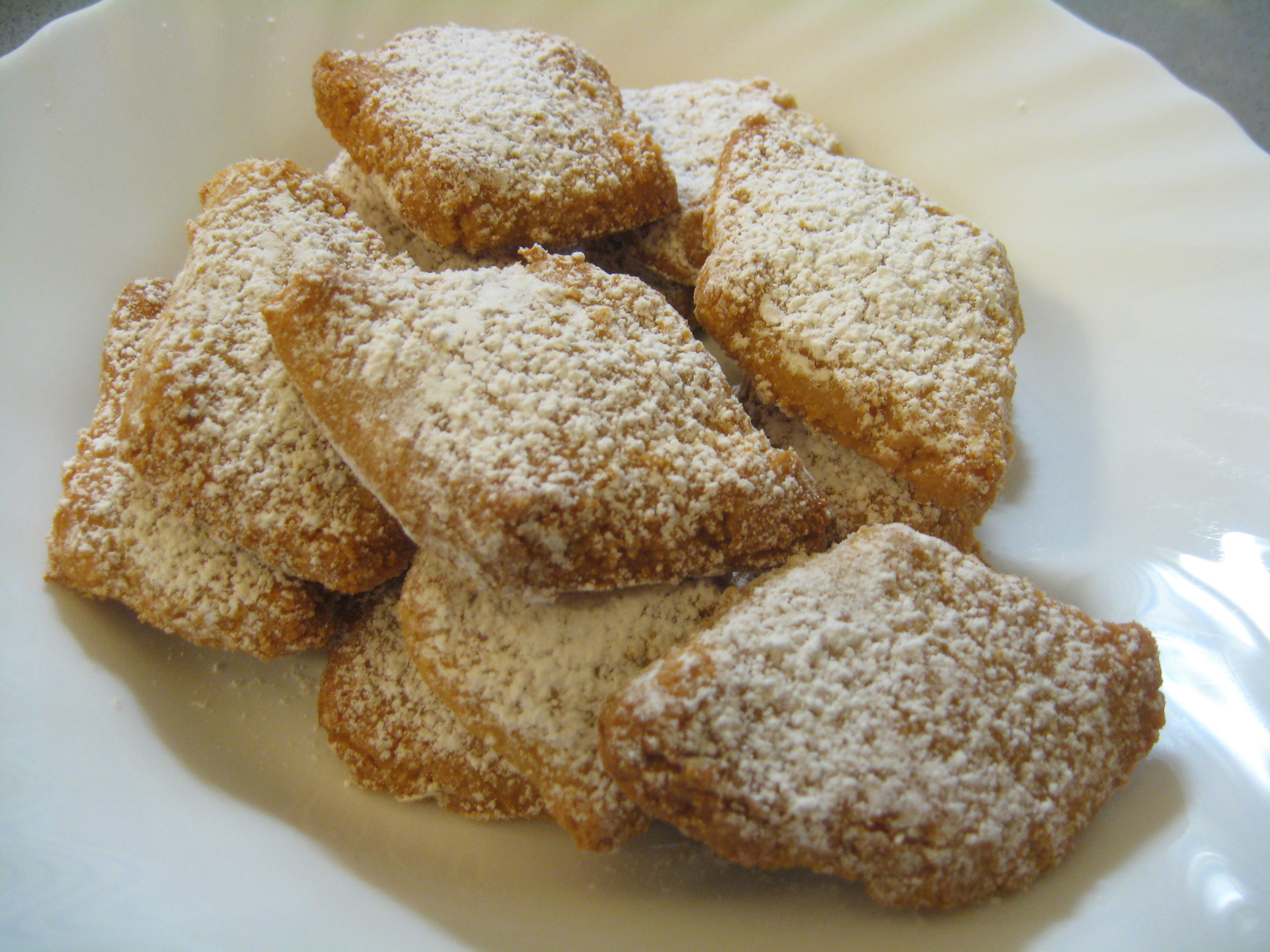 Italian Christmas Recipes  Ricciarelli Recipe Italian Christmas Treat BrowsingRome