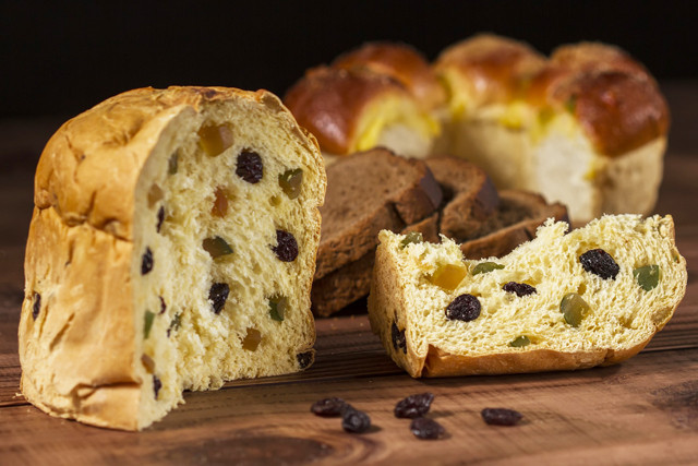Italian Sweet Bread Loaf Made For Christmas  Regional Christmas Dishes From Across Italy