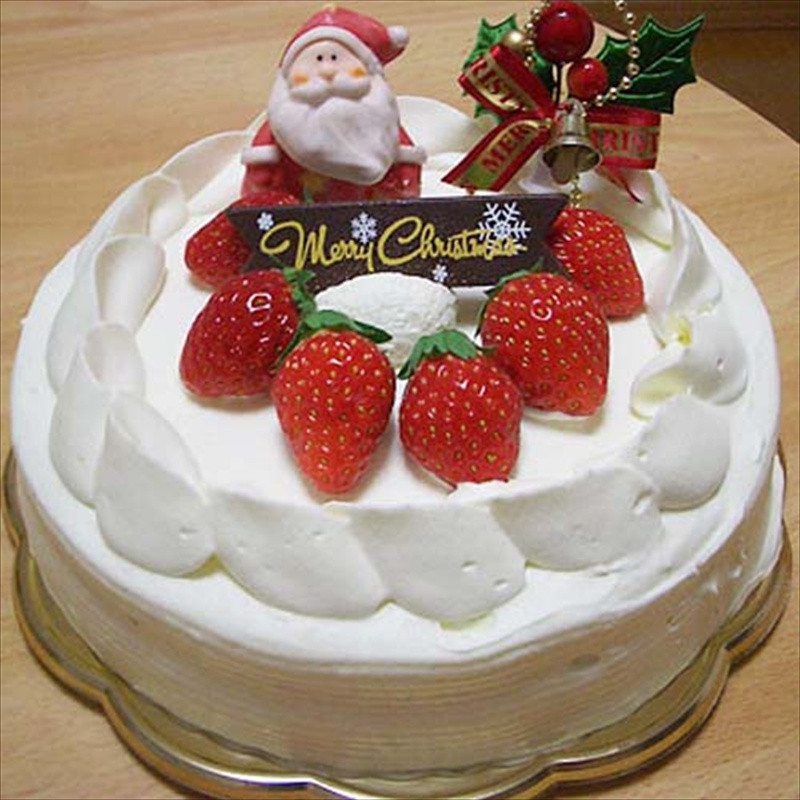 Japan Christmas Cake Recipe  Like A Native Love the Night Christmas Lights