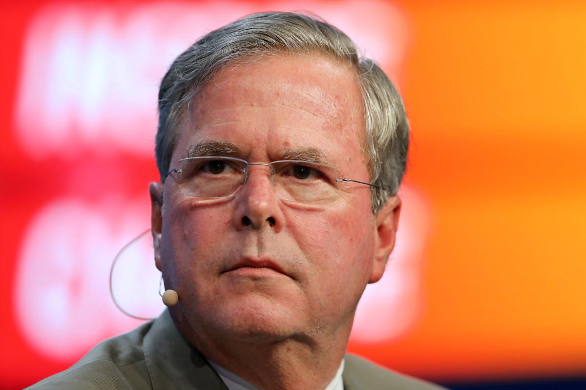 Jimmy Fallon Jeb Bush Guacamole  Jeb Bush plains of 'fake news' about his Marlins bid