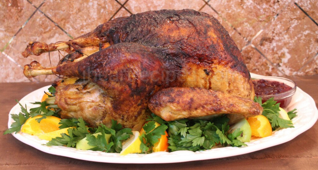 Juicy Thanksgiving Turkey  Easy Whole Roasted Turkey