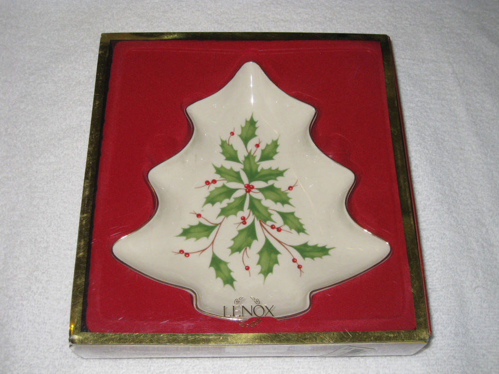 Lenox Christmas Candy Dish  NEW Lenox Holiday Porcelain Christmas Tree Candy Dish
