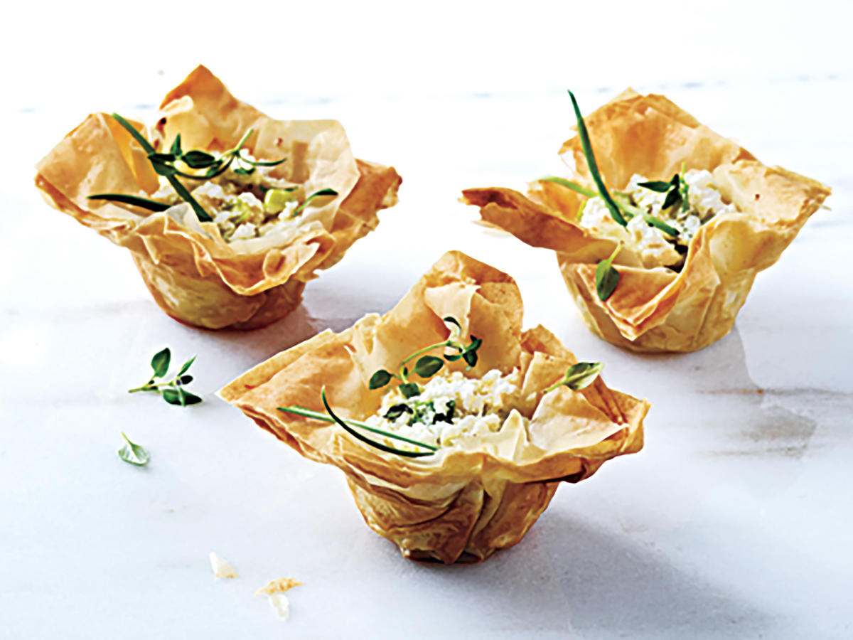 Light Thanksgiving Appetizers  45 Crowd Pleasing Thanksgiving Appetizers Cooking Light