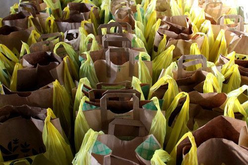 Lowes Foods Thanksgiving Dinners  Lowe s distributing Thanksgiving meals for Sandy victims