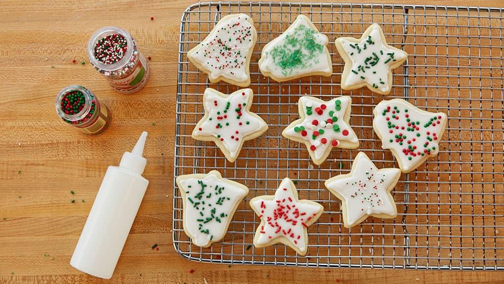 Make Christmas Cookies  How to Make Christmas Cookies Pillsbury