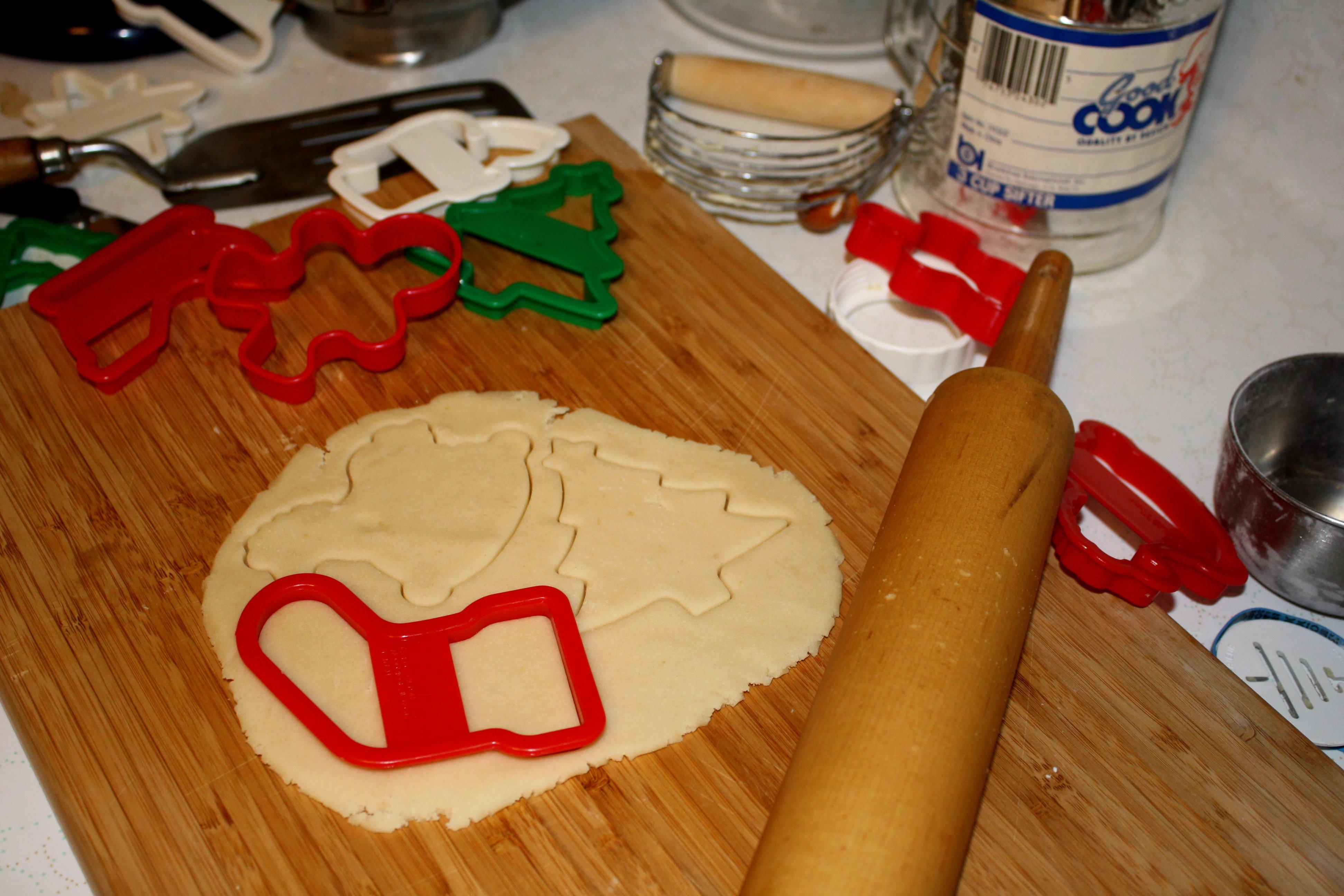 Make Christmas Cookies  Making Christmas Cookies Picture