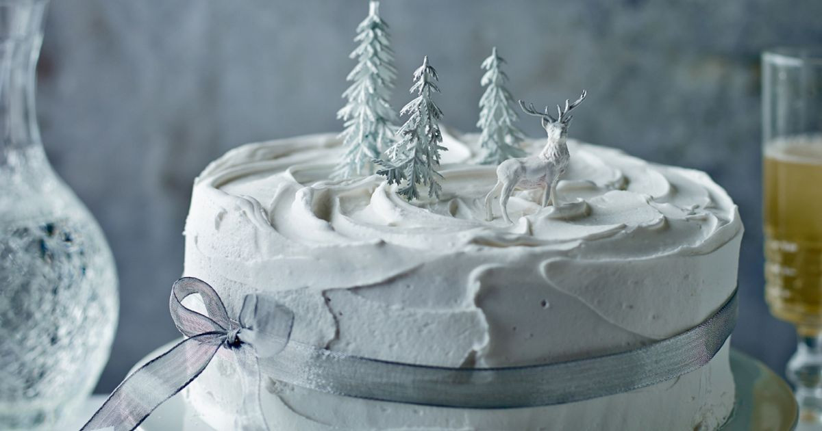 Mary Berry Christmas Cakes  Mary Berry shares ultimate Christmas cake recipe for