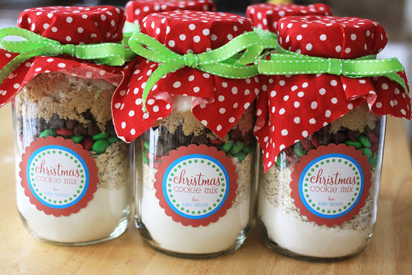 Mason Jar Christmas Cookies  Holiday Labels with StickerYou StickerYou