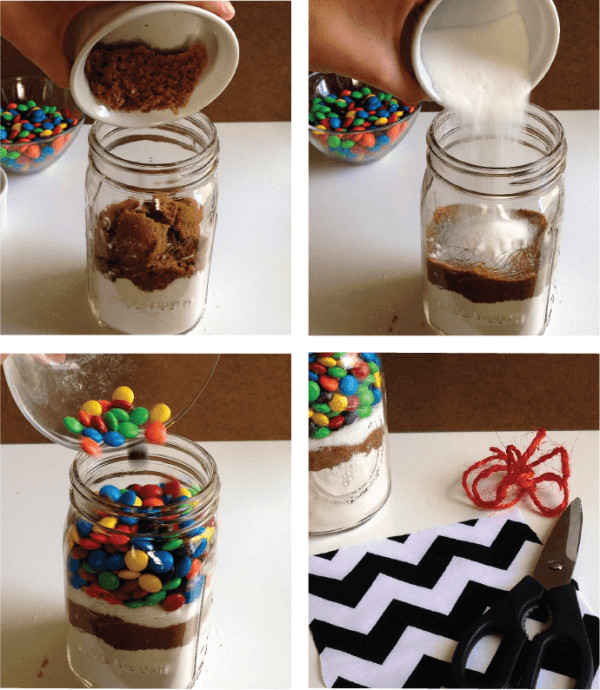 Mason Jar Christmas Cookies  M&M Mason Jar Cookie Recipe