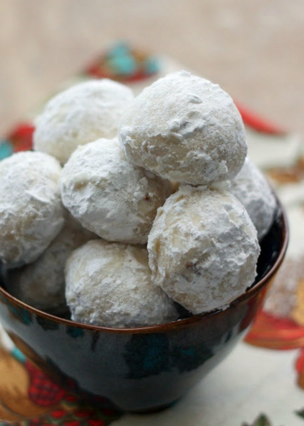 Mexican Christmas Cookies  30 Delicious Christmas Cookie Recipes A Blissful Nest