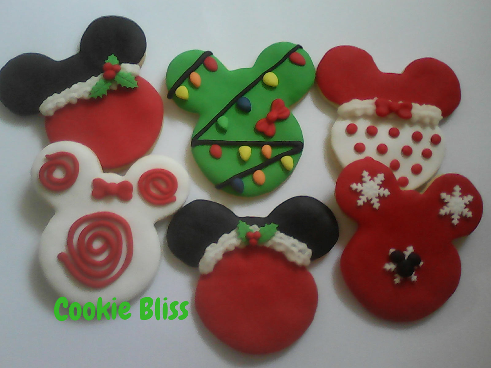 Mickey Mouse Christmas Cookies  12 Mickey & Minnie Mouse Christmas Cookies Party Favors