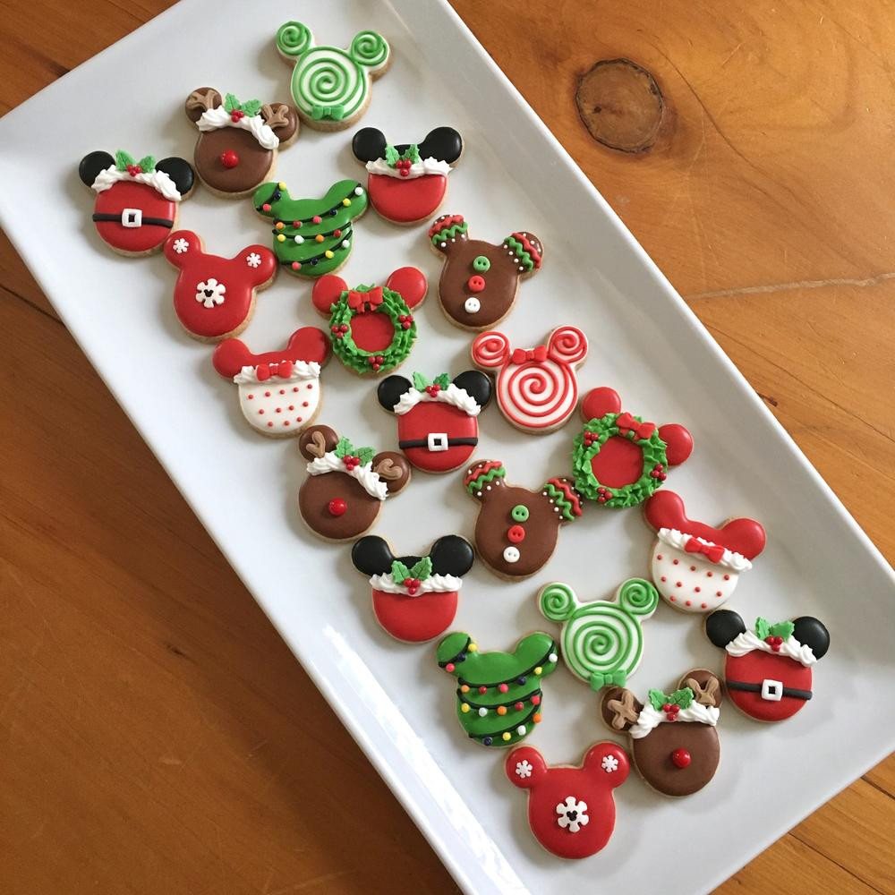 Mickey Mouse Christmas Cookies  Mickey Mouse mini Christmas cookies