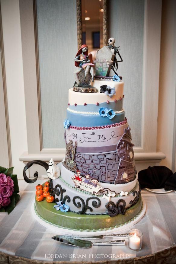 Nightmare Before Christmas Wedding Cakes  Awesome wedding cake Inspired from The Nightmare Before