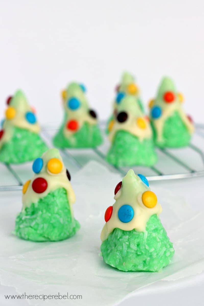 No Bake Christmas Tree Cookies  No Bake Christmas Tree Cookies The Recipe Rebel