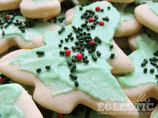 Old Fashioned Christmas Cookies  Old Fashioned Holiday Cookies Essentially Eclectic