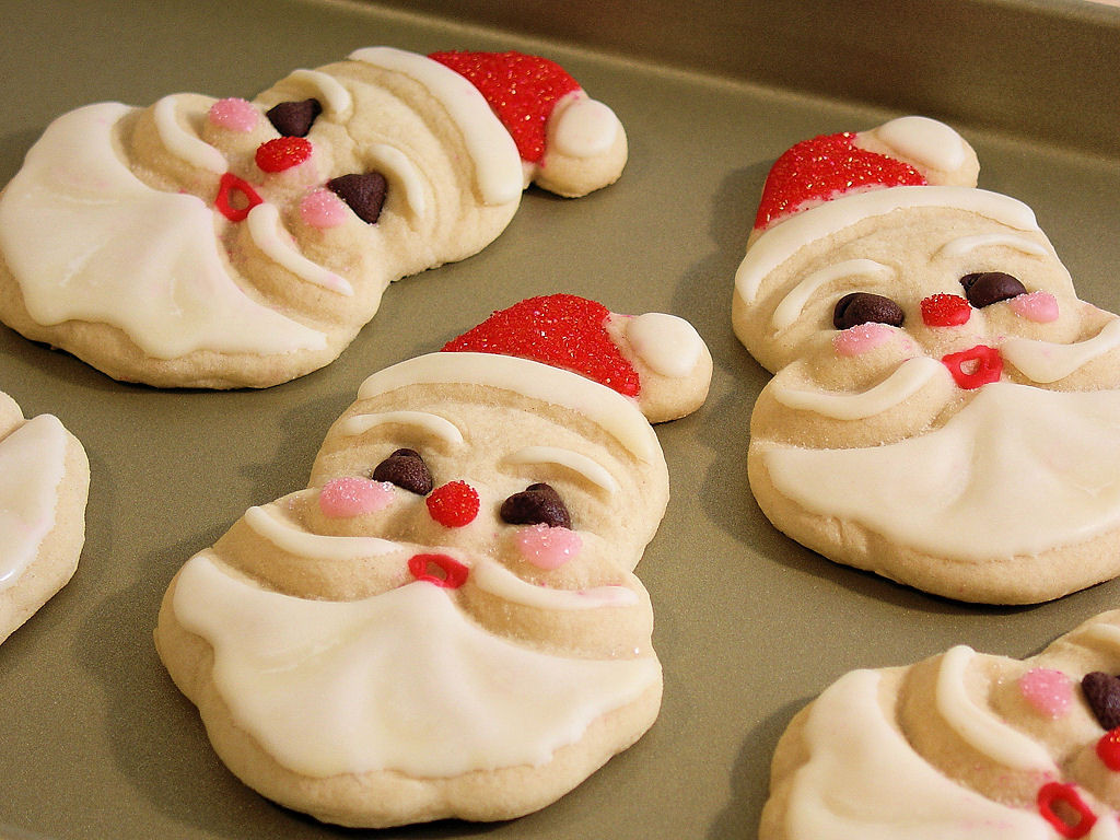 Old Fashioned Christmas Cookies  Old Fashioned Jolly Santa Sugar & Spice Cookies Wicked