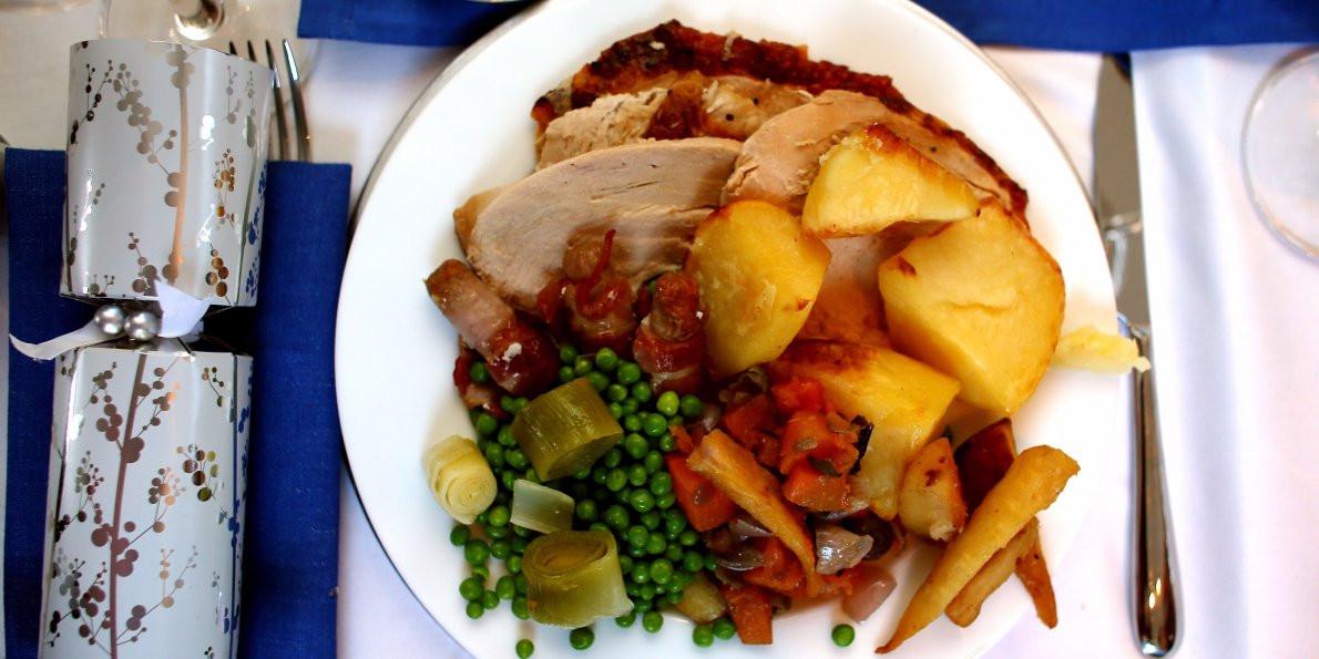 Order Christmas Dinner  Here s how you can Christmas dinner for under £20