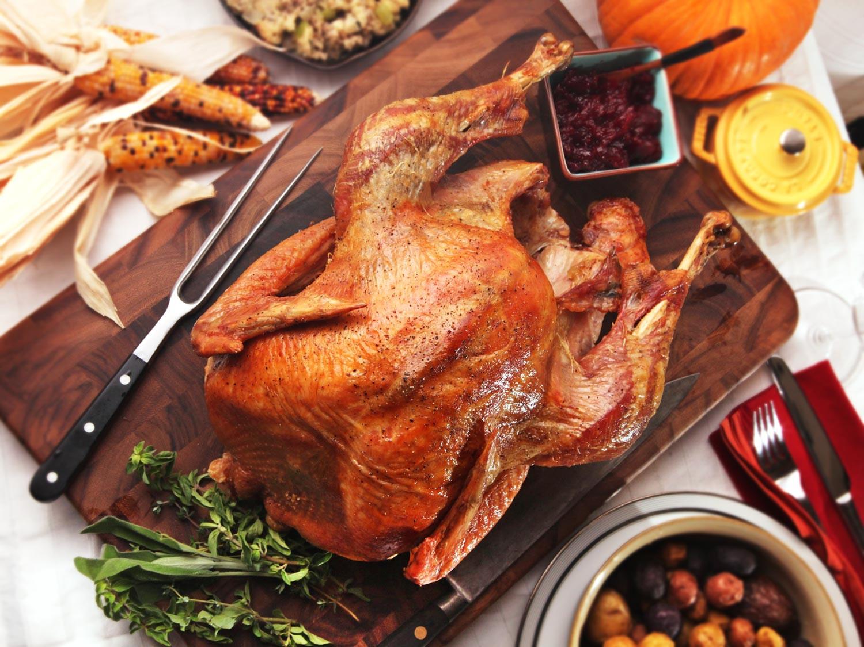 Oven Turkey Recipes Thanksgiving  The Best Simple Roast Turkey With Gravy Recipe