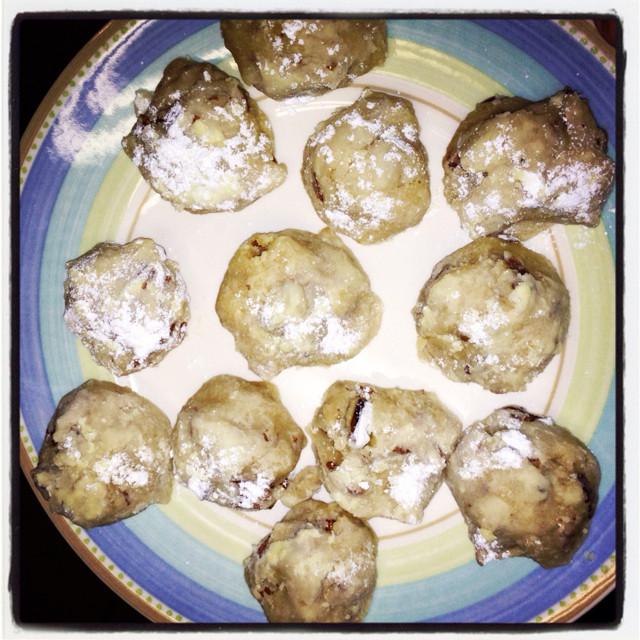 Pecan Balls Christmas Cookies  Pecan Balls christmas Cookies BigOven