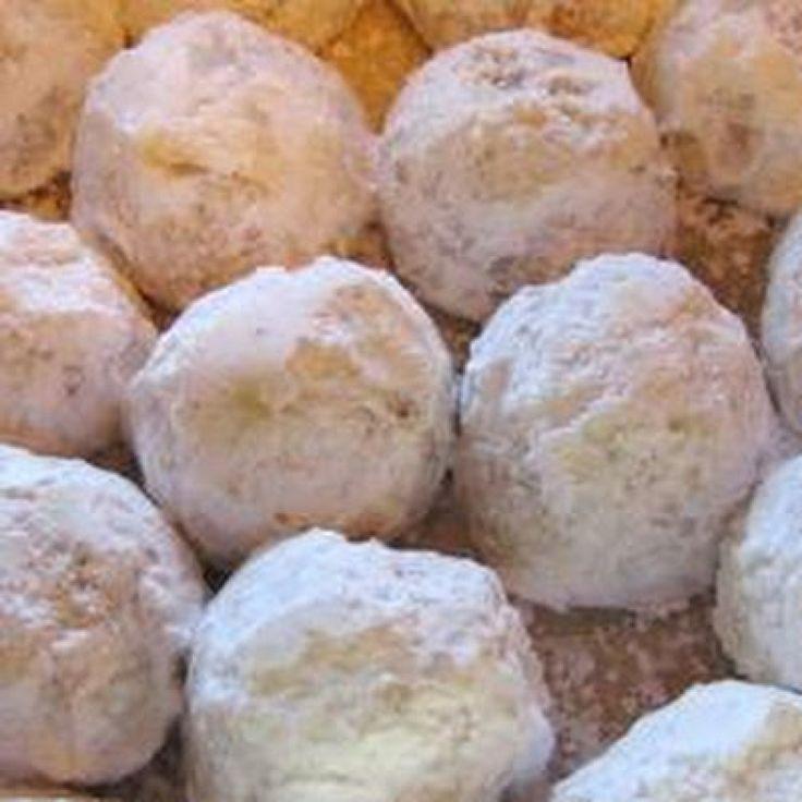 Pecan Christmas Cookies  Pecan Balls Christmas Cookies