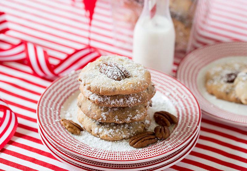 Pecan Christmas Cookies  Coconut Pecan Cookies Easy and Delicious Recipe
