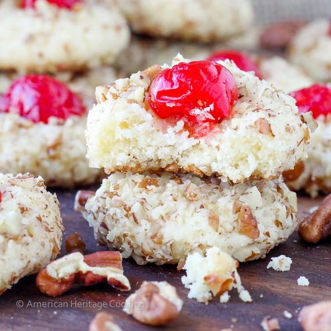 Pecan Christmas Cookies  Traditional Raspberry Linzer Cookies Christmas Cookies