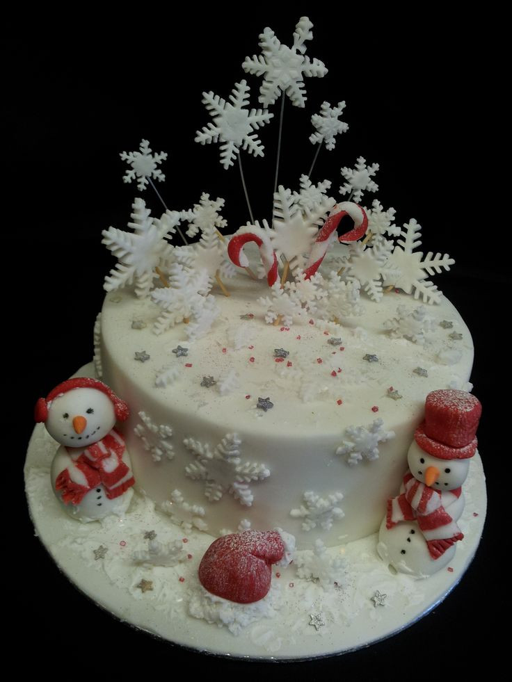 Picture Of Christmas Cakes  1000 images about Christmas Winter Cakes on Pinterest