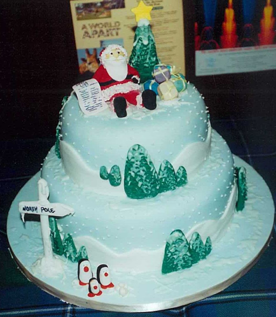 Picture Of Christmas Cakes  Free greeting cards Download cards for festival