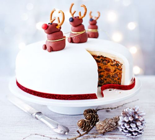 Picture Of Christmas Cakes  Nancy's Rudolph Christmas cake recipe