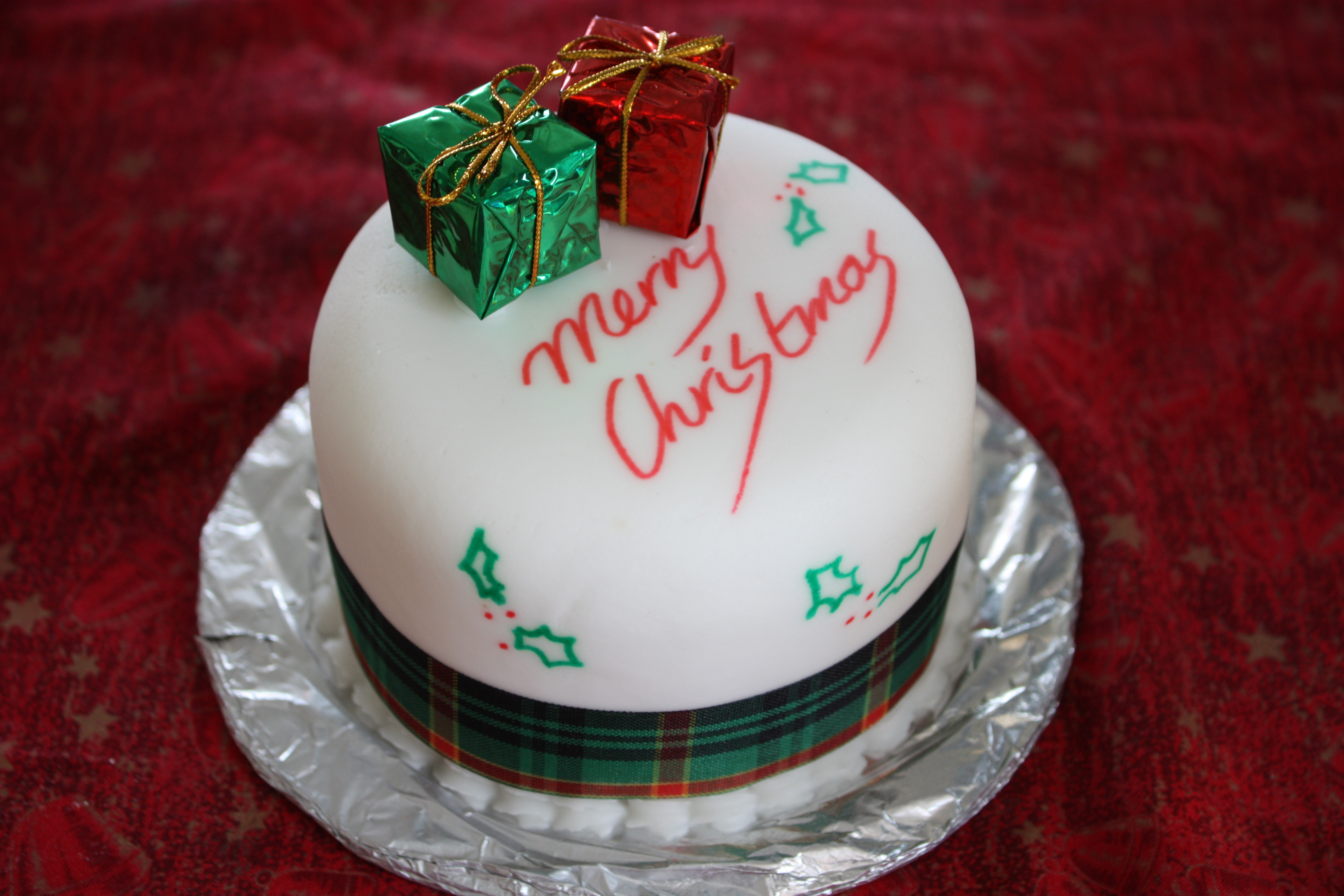 Picture Of Christmas Cakes  File Christmas cake Boxing Day 2008