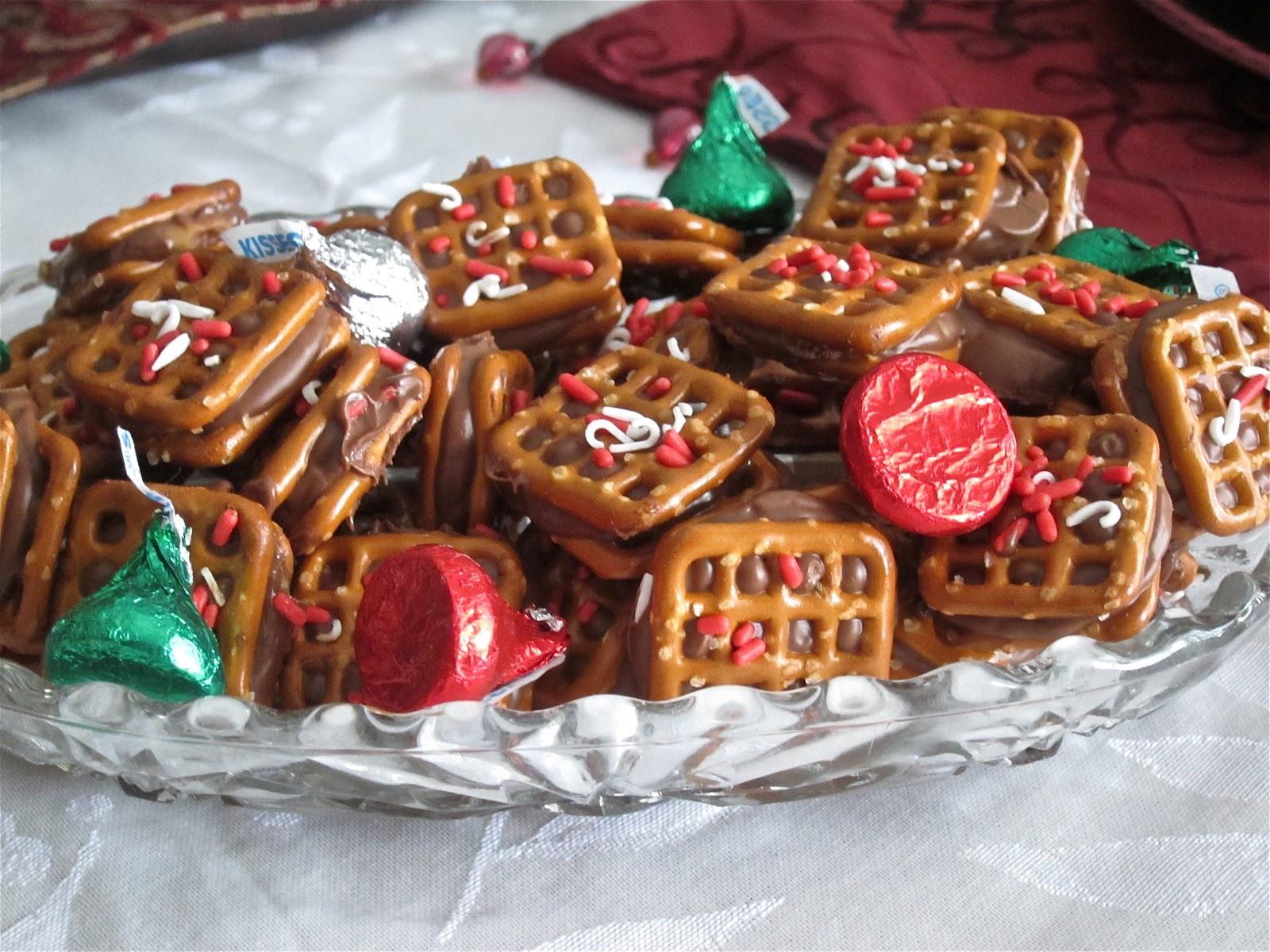 Pretzel Christmas Cookies  Rolo Pretzel Sandwiches and Turtles