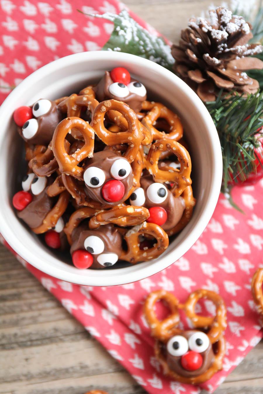 Pretzel Christmas Cookies  25 Fun Christmas Treat Ideas – Fun Squared