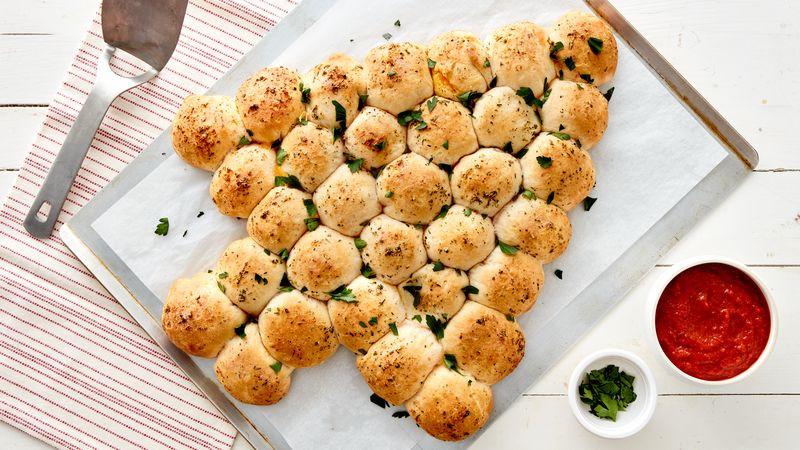 Pull Apart Christmas Tree Bread  Cheesy Garlic Pull Apart Christmas Tree Recipe