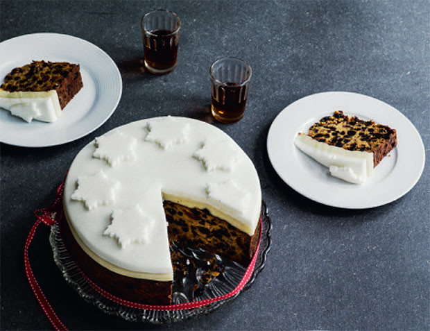 Quick And Easy Christmas Cake Recipes  Jane Hornby's quick and easy Christmas cake recipe