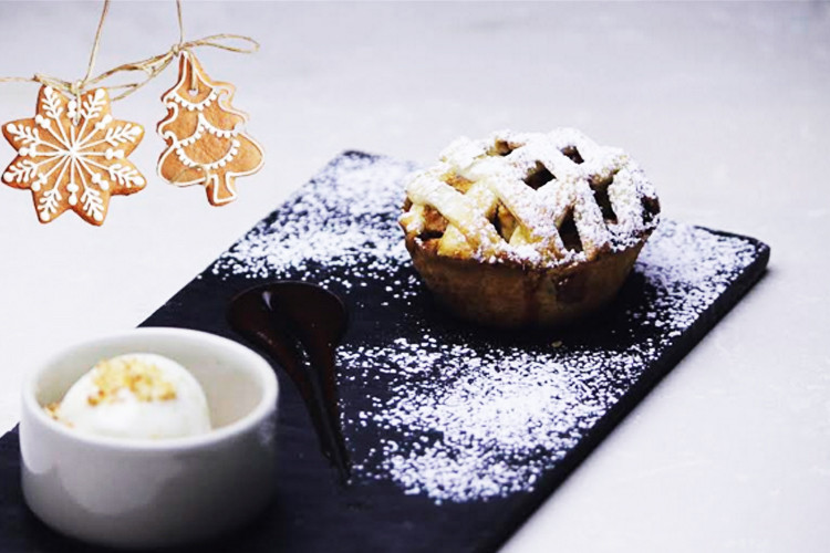 Quick Easy Christmas Desserts  5 quick and easy Christmas dessert recipes that aim to