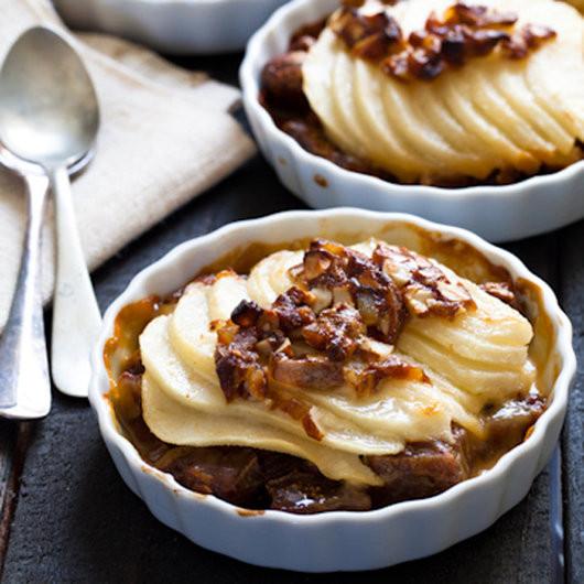 Quick Thanksgiving Desserts  Thanksgiving Desserts Pecan Pie Pumpkin Pie & More