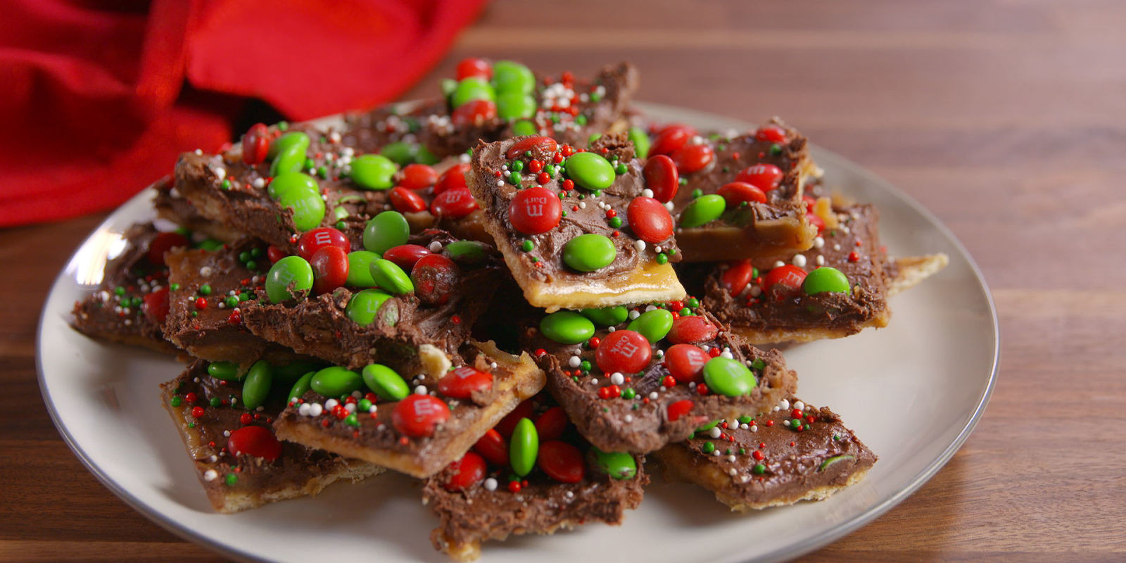Recipe For Christmas Candy  Best Christmas Crack Candy Recipe How To Make Christmas