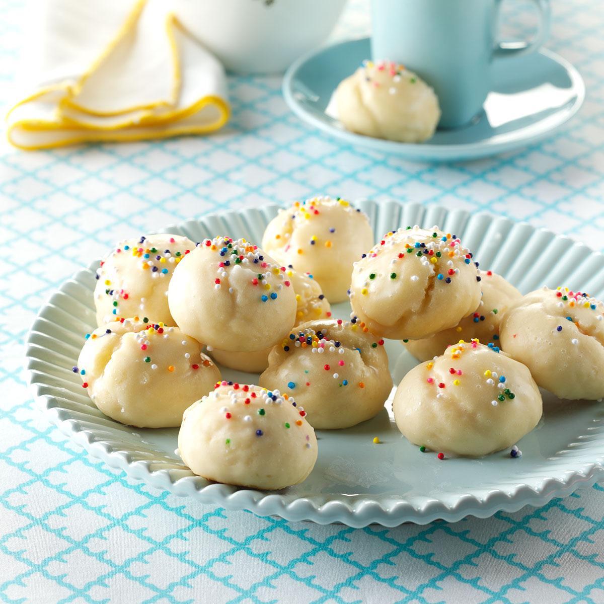 Recipes Christmas Cookies  Italian Sprinkle Cookies Recipe