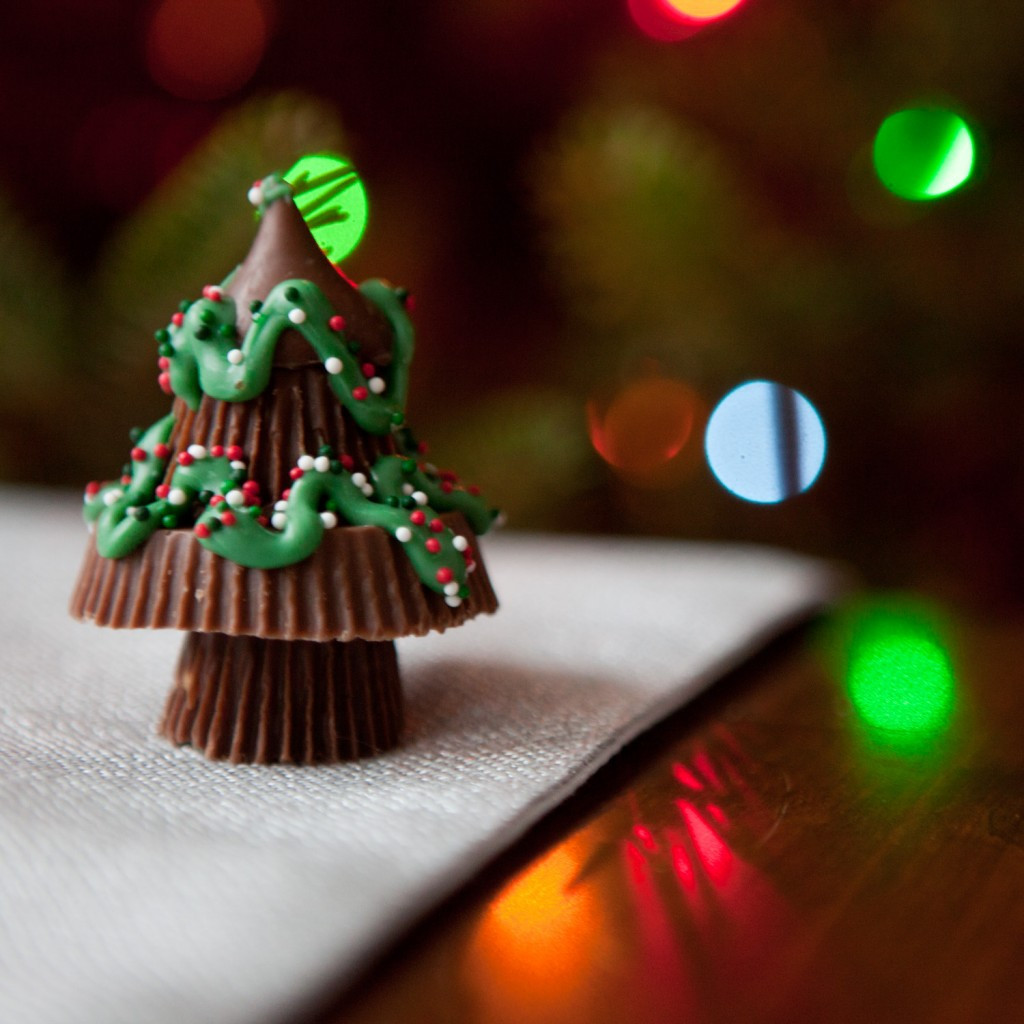 Reeses Christmas Tree Candy  Peanut Butter Christmas Trees I found this on tw