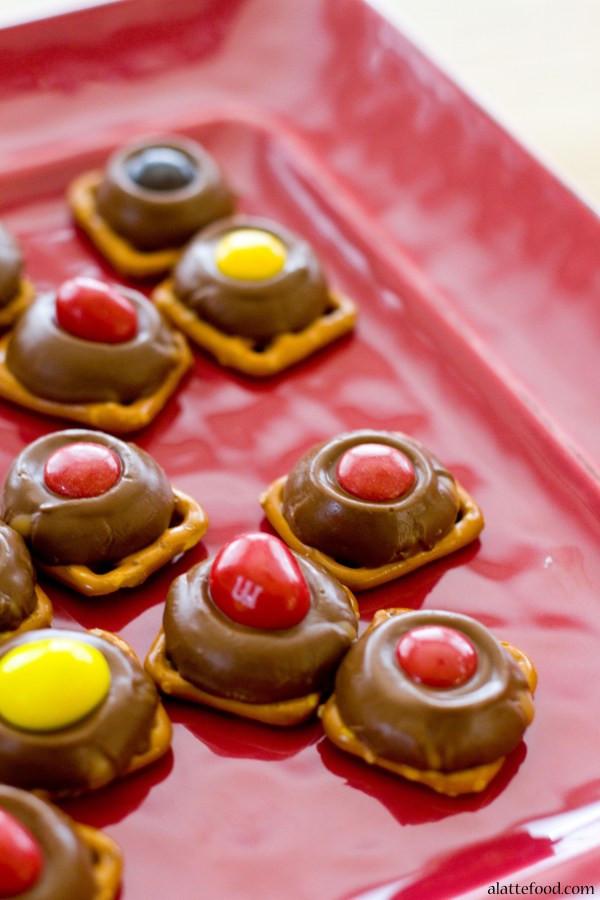 Rolo Christmas Cookies  Rolo Pretzel Bites